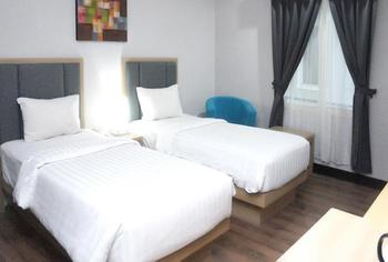 Hotel Orchardz Gajah Mada Pontianak - Superior Twin Room Only Regular Plan