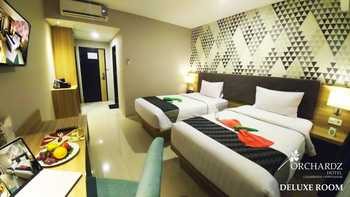 Hotel Orchardz Gajah Mada Pontianak - Deluxe Room Twin Regular Plan