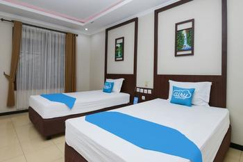 Airy Syariah Dr Wahidin 43 Bojonegoro - Deluxe Twin Room Only Special Promo Apr 24