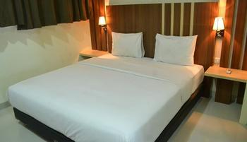 City Hotel Tasikmalaya - Standard King Bed Room Regular Plan
