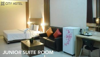 City Hotel Tasikmalaya - Junior Suite King Bed Room Regular Plan