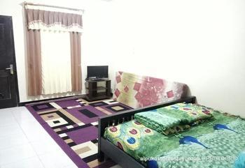 Alpukat Homestay Malang - Standard Room Only Regular Plan