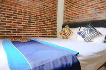 SPOT ON 2375 Agbil Homestay Trenggalek - SPOT ON Double Regular Plan