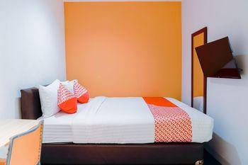 OYO 1199 Orienchi Room Near RSU Kecamatan Taman Sari Jakarta - Deluxe Double Room Regular Plan