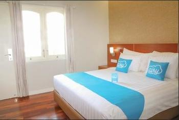 Airy Klojen Gajayana Slamet Riyadi 1 Malang - Premiere Double Room Only Regular Plan