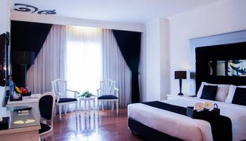 J Boutique Hotel Kuta - Deluxe Room with Breakfast Last Minute 30% OFF
