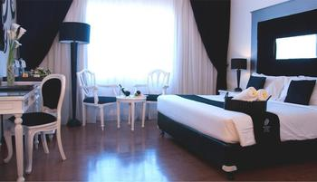 J Boutique Hotel Kuta - Executive Room With Breakfast Regular Plan