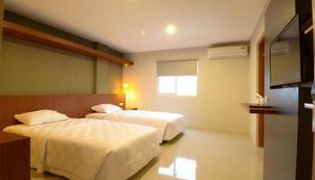 Hostel Dago 22 Bandung - Deluxe Room Only Regular Plan