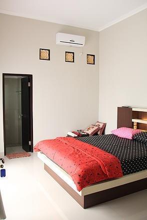 Villa Amaryllis Yogyakarta - Room 02 Regular Plan