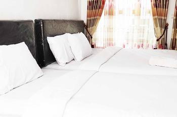 Pertiwi Guest House Malang - Family Room KETUPAT