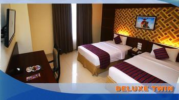 Aerotel Smile Makassar - Deluxe Twin - Room Only Regular Plan