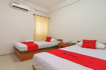 RedDoorz Syariah @ Panglima Nyak Makam Aceh Banda Aceh - RedDoorz Twin Room Regular Plan