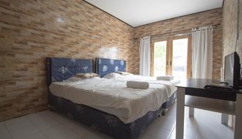 Clamonic House Bali - Triple room  basic deal