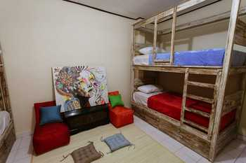 Clamonic House Bali - Twin Dormitory Room for 2 Pax Last Minutes
