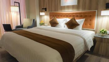 Grand Orchardz Hotel Rajawali Kemayoran Jakarta Jakarta - Deluxe Room King FLASH SALE
