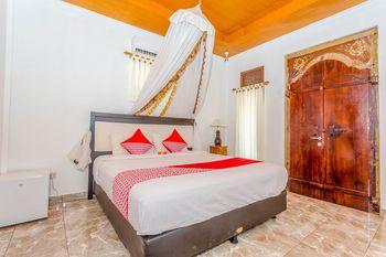 OYO 1133 Gusung Indah Bungalow & Restaurant Lombok - Deluxe Double Room Regular Plan