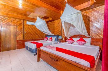 OYO 1133 Gusung Indah Bungalow & Restaurant Lombok - Deluxe Family Room Regular Plan
