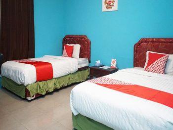 OYO 923 Penginapan Balai Sultan Pangkalpinang - Deluxe Twin Room Regular Plan