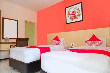 OYO 546 New Mira Hotel Semarang - Standard Twin Room Regular Plan