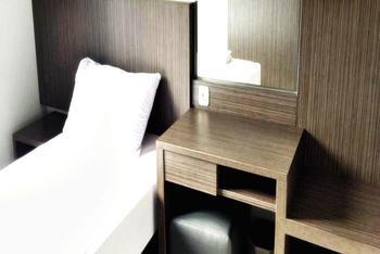 D River Guest House Bandung - Deluxe Single Room Regular Plan