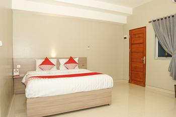 OYO 185 Roriz House Palembang - Deluxe Double Room Regular Plan