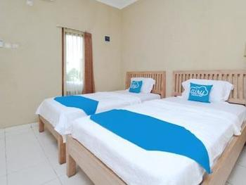Airy Syariah Kasihan Dusun Ngebel Yogyakarta - Superior Twin Room with Breakfast Regular Plan