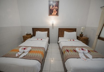 Myart Homestay Bali - Twin Bed with Swimming Pool Regular Plan