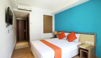 Santosa City Hotel Bali - Deluxe Double Room Only Big Deal