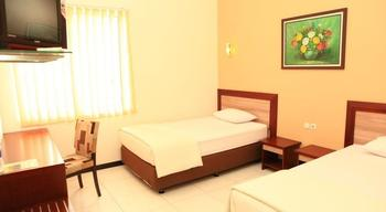 Arya Graha Hostel Semarang - Superior Room Regular Plan