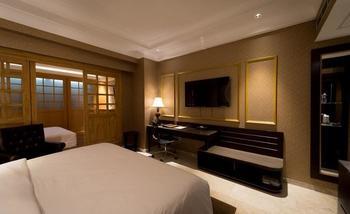 Myko Hotel & Convention Center Makassar - Family King Room Full Board Regular Plan