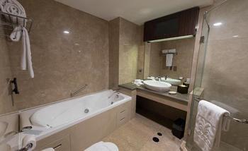 Myko Hotel & Convention Center Makassar - Family Twin Room Full Board Regular Plan