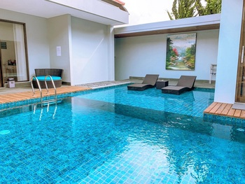 7 BR Mountain View Villa with a private pool 1 Bandung - 7 bedroom Mountain View Villa with a private pool 1 Regular Plan