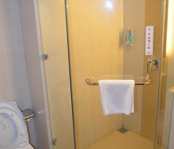 World Hotel Jakarta - Superior Room Only Regular Plan