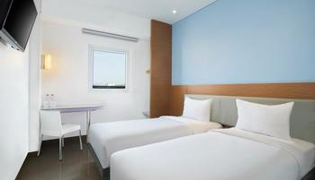 Amaris Banjar - Smart Room Twin Staycation Offer Room Only Regular Plan