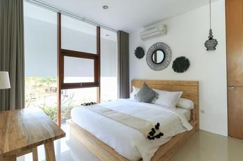 Vegaz Home Bali - 3 Bedroom Pool Breakfast Regular Plan