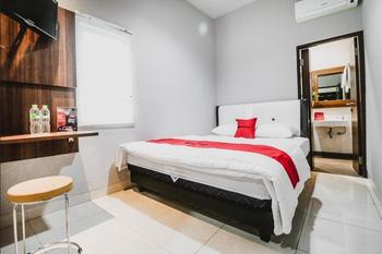 RedDoorz near Kebon Jeruk Jakarta Jakarta - RedDoorz Room Regular Plan