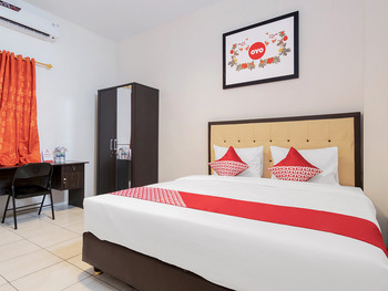 OYO 622 Bakti Homestay Medan - Deluxe Double Room Regular Plan