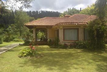 Villa Bougenville Tawangmangu