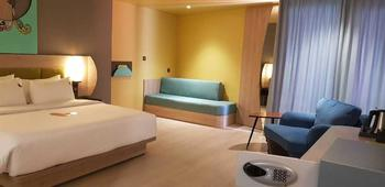 MaxOneHotels at Balikpapan - Warmth Room Only Regular Plan