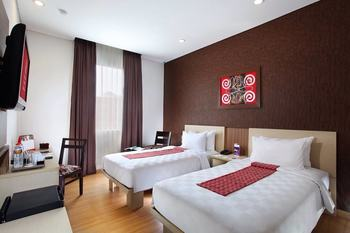 Swiss Belinn Makassar - Superior Deluxe Twin Room Only Regular Plan
