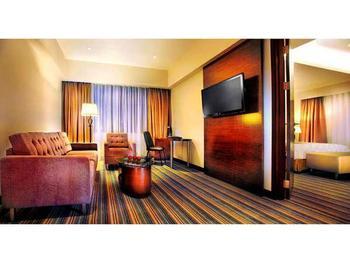 Aston Makassar - Executive Suite Regular Plan