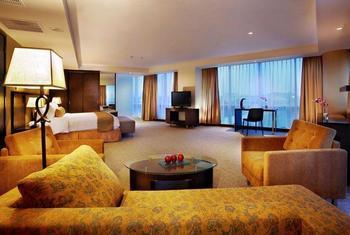 Aston Makassar - Junior Suite Regular Plan