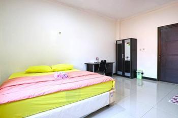 Saloka Guesthouse Bandung - Deluxe Minimum Stay