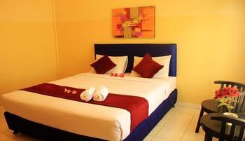 Green Bay Gilimanuk Bali - Deluxe Room Regular Plan