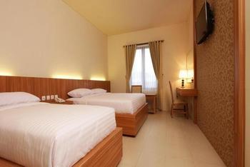 Akasa Hotel Kaliurang Yogyakarta - Deluxe Family Room Breakfast Included Regular Plan