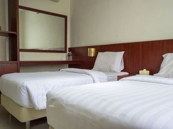 Aviari Hotel Batam - Standard Twin Room Regular Plan