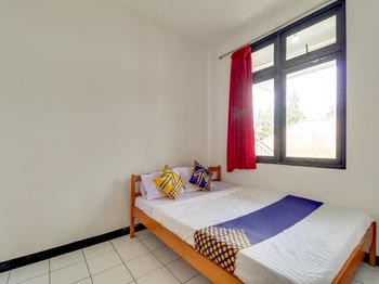 SPOT ON 3940 Villa Gunung Agape Cianjur - SPOT ON Twin Last Minute Deal