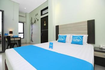 Airy Wenang WR Supratman 6 Manado - Standard Double Room with Breakfast Regular Plan