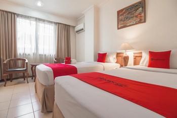 RedDoorz Premium near Jembatan Ampera 2 Palembang - RedDoorz Twin Room Basic Deal