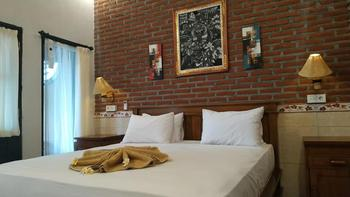 Eliska Sari Bungalows Bali - Deluxe Room Hot Deal
